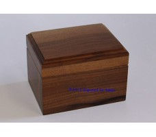 "Keepsake Box 3.25"" x 4.25"" Top Center Engraving"