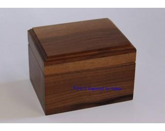 """Keepsake Box 3.25"""" x 4.25"""" Top Center Engraving"""